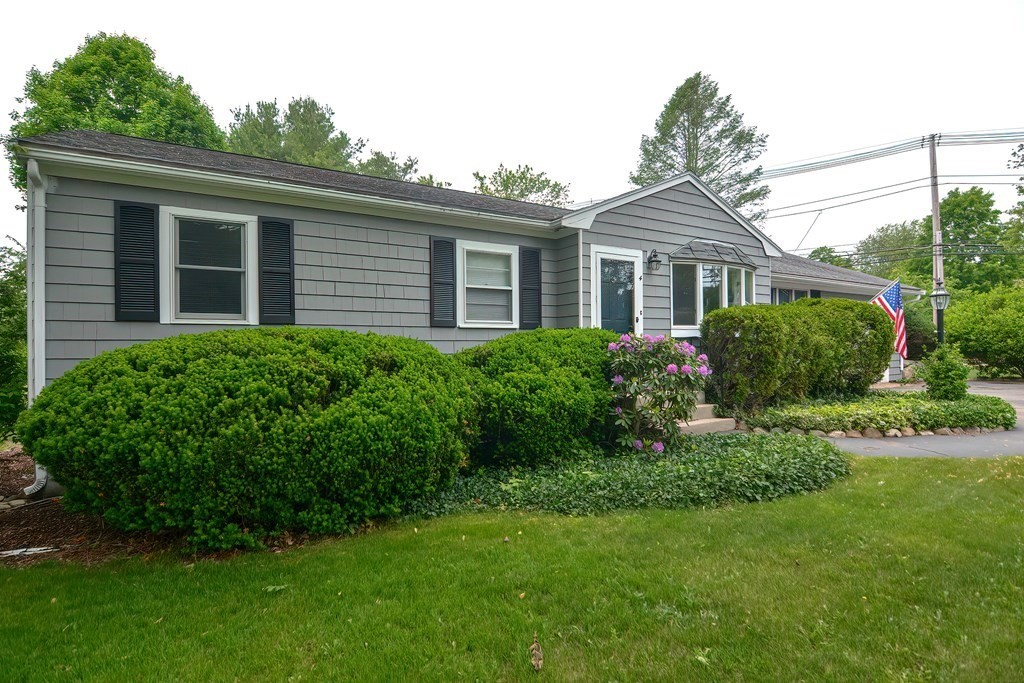 4 Forest St, Franklin, MA 02038