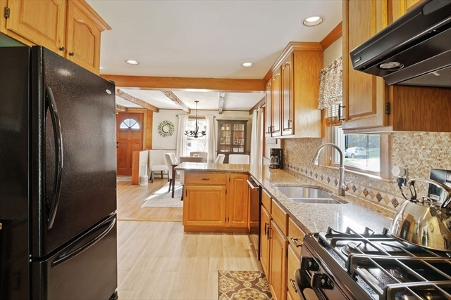 17 Coolidge Avenue Haverhill MA 01832