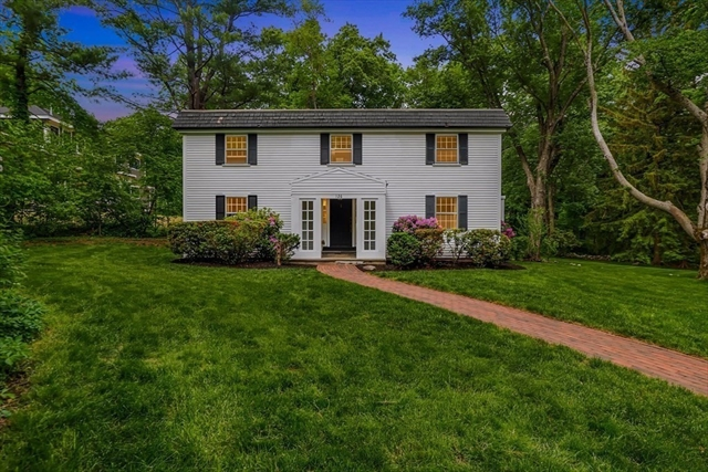126 Great Plain Avenue Wellesley MA 02482