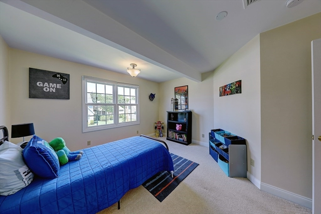 85 Mayes Avenue Somerset MA 02726