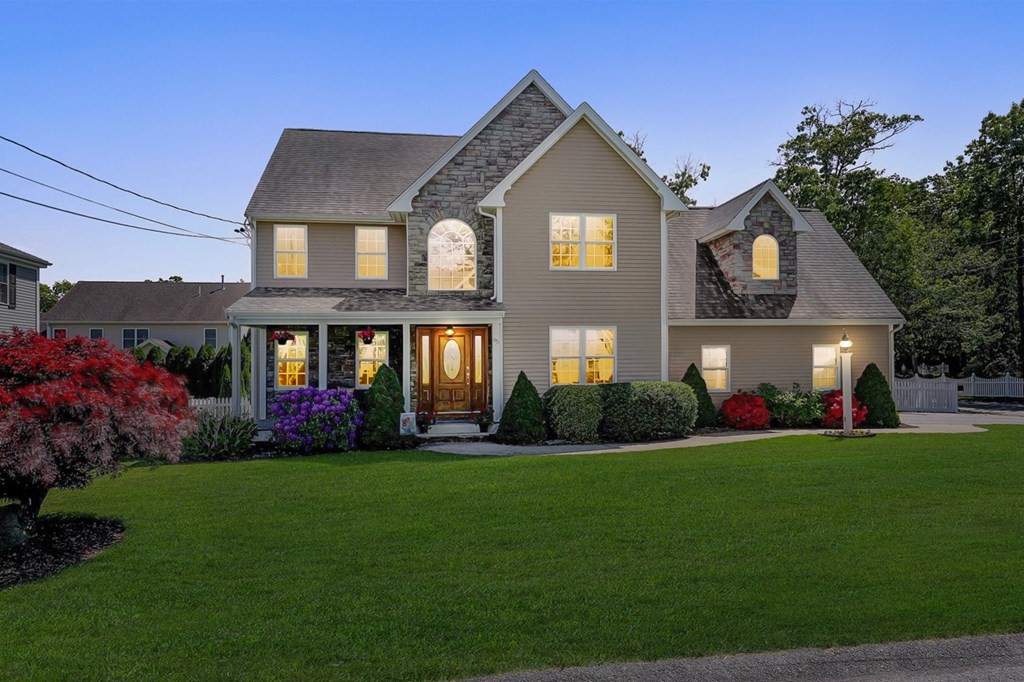 Gorgeous 4 Bed, 2½ Bath Custom-built Contemporary Colonial located in the much sought-after Rustic Acres neighborhood of Somerset. This home offers a two-story foyer, wide oak staircase, HW floors, crown molding, formal dining, gourmet kitchen w/center island open to living room w/gas fireplace, access to deck, patio & fenced-in yard great for entertaining. A 1/2 bath and a study/sitting room & access to 2 car garage complete the main level. The 2nd story offers a master suite w/walk-in closet & private full bath, 3 more Bedrooms w/ample closets & shared full bath, 4th bed currently a bonus room and offers many opportunities - a thoughtful final touch to this well-rounded home. This home offers many smart features; 6 zone irrigation system, central air, generator hookup, and more. Enjoy the nearby Village Waterfront Park, Pierce Beach & Playground, Shopping and Dining. Just 30-minutes from the restaurant scene and vibrant nightlife of Providence and less than an hour to Boston!