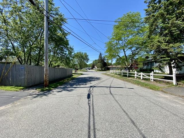 9 William Road Holbrook MA 02343