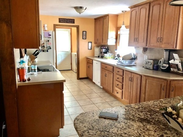 39 Chestnut Avenue Auburn MA 01501