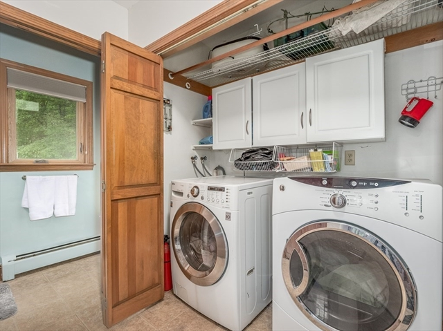 47 Parkhurst Street Dunstable MA 01827