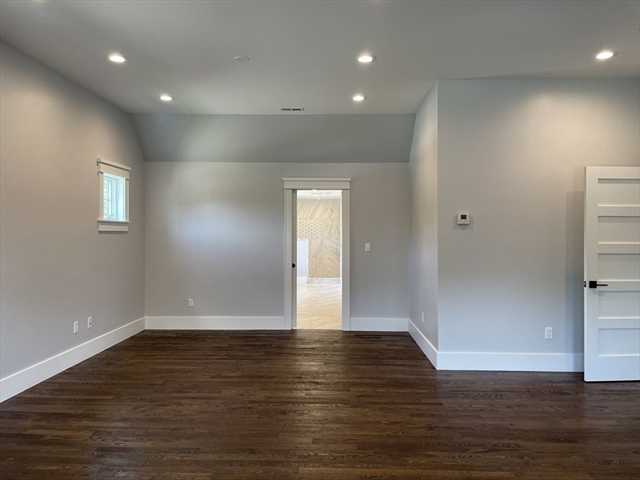 56 VALLEY VIEW Road Waltham MA 02452