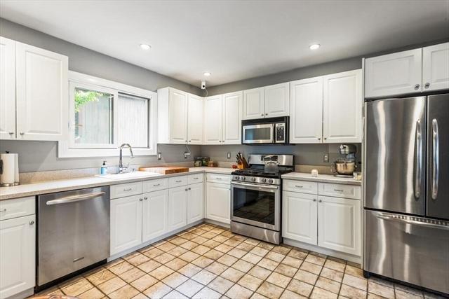 21 Seaview Avenue Marblehead MA 01945