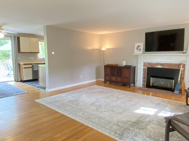 52 Indian Trail Barnstable MA 02632