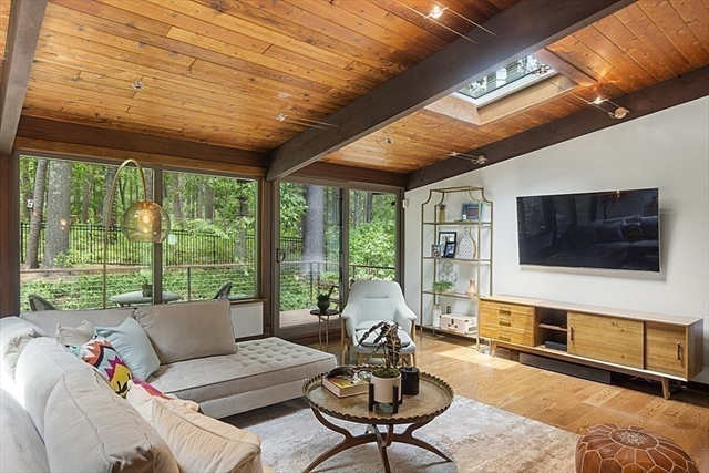 127 Commerford Road Concord MA 01742