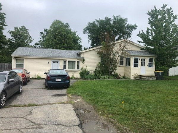 Side by side 2 family featuring a 1 bedroom left side  and a 2 bedroom unit on the right. Property has a  fenced in private back yard for each unit. Washer and dryer, heat and electric  is shared.
