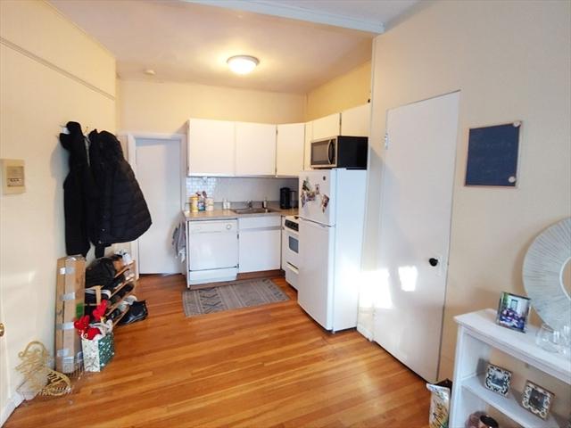43 Grove Boston MA 02114
