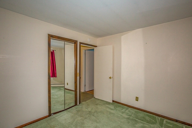 180 Green Manor Lane Enfield CT 06082