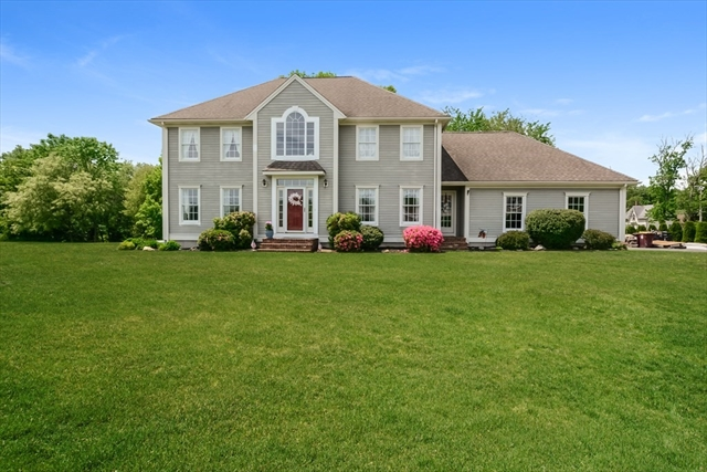 10 Golfview Road Acushnet MA 02743