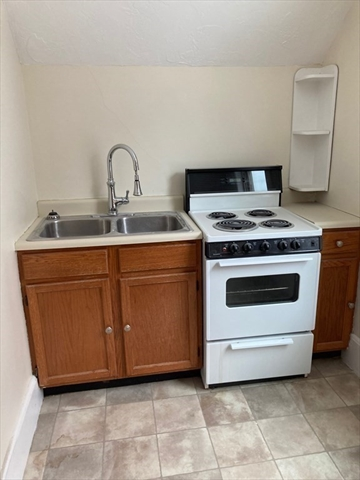 56 Saunders Street North Andover MA 01845