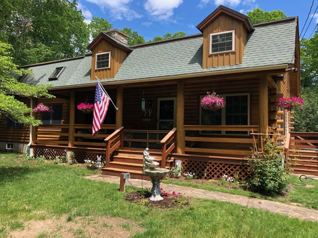 162 Tremont St, Rehoboth, MA 02769
