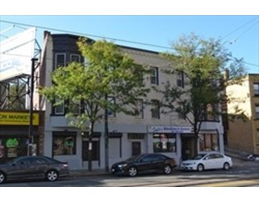 822 Huntington Ave, Boston - Mission Hill, MA 02115