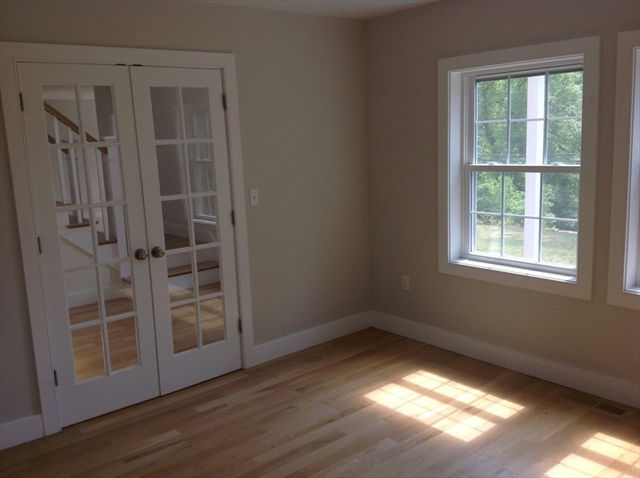 28 Old Lowell Road Westford MA 01886