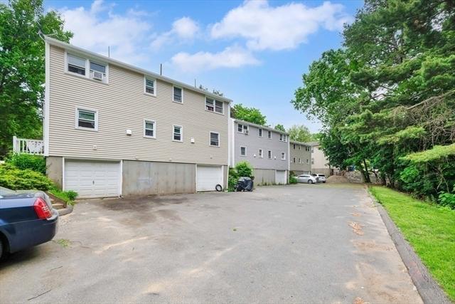 306-322 Oak Street Springfield MA 01151