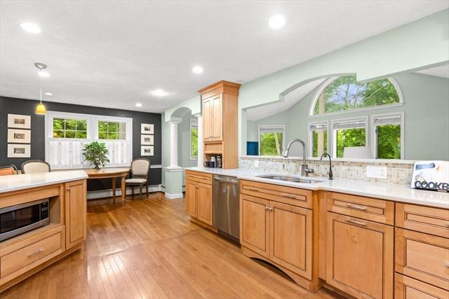 10 Gateway Lane Beverly MA 01915