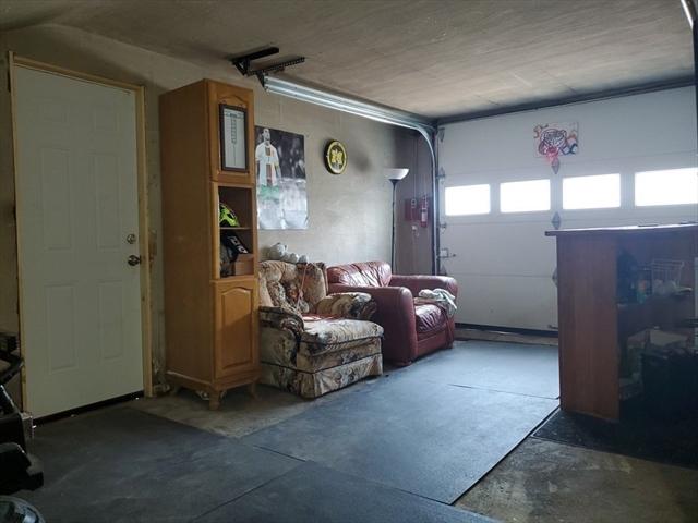 174 Palmer St (corner of EMPIRE) Quincy MA 02169