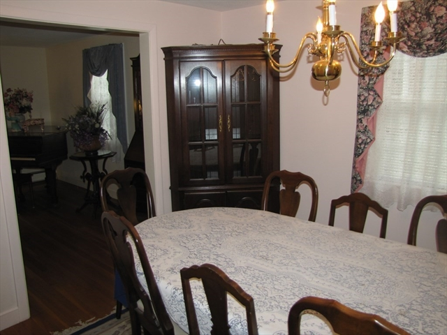 45 Ridgewood Lane Melrose MA 02176