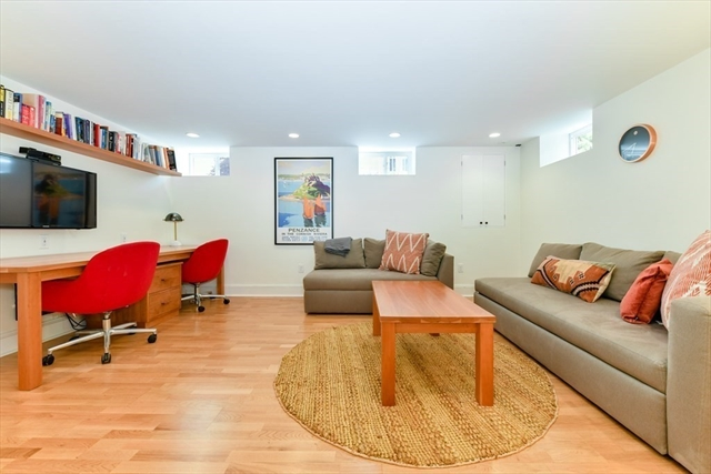 14 Wright Street Cambridge MA 02138