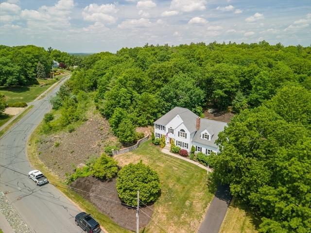 27 Hill Street Foxboro MA 02035