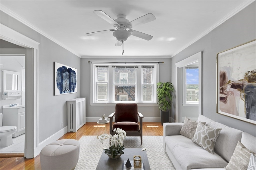 1607 Commonwealth Ave, Boston, MA Image 1