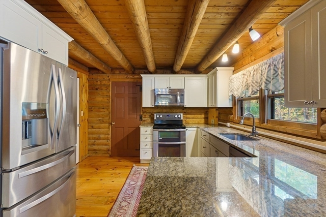 51 Gilchrist Road Townsend MA 01469