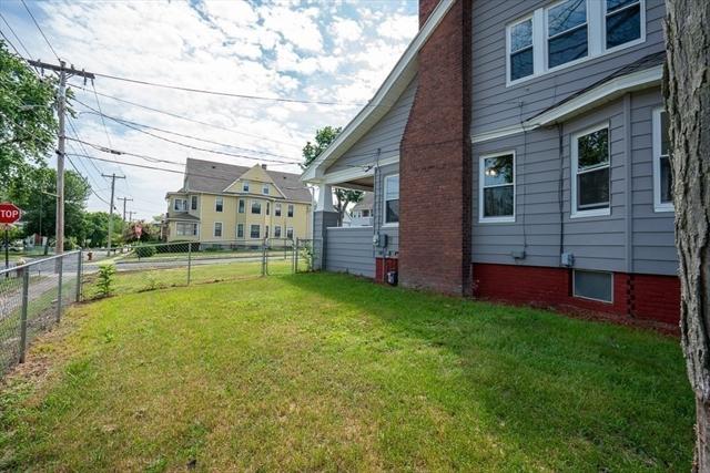 196 Nonotuck Avenue Chicopee MA 01013
