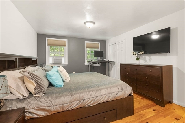 414 Foster Street North Andover MA 01845