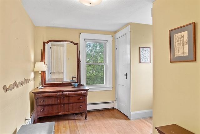 48 Fairview Street Leominster MA 01453