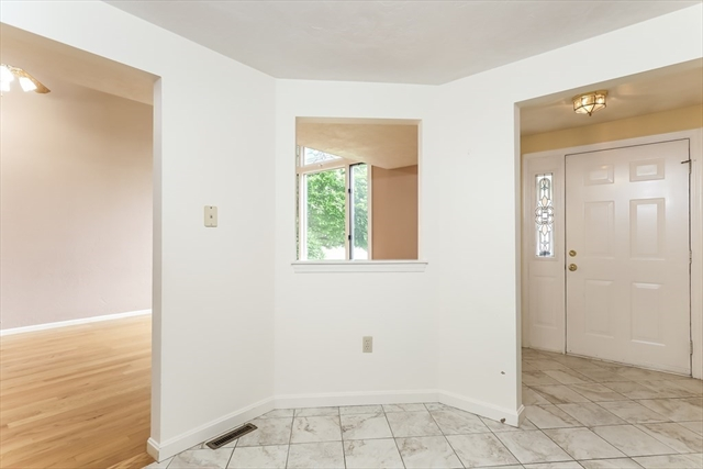 27 Willow Pond Drive Rockland MA 02370