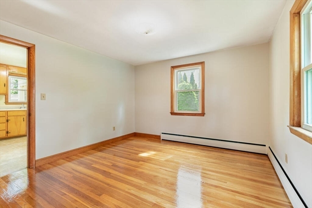 15 Brentwood Avenue Wilmington MA 01887
