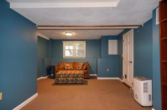 207 Wellman Avenue Chelmsford MA 01863