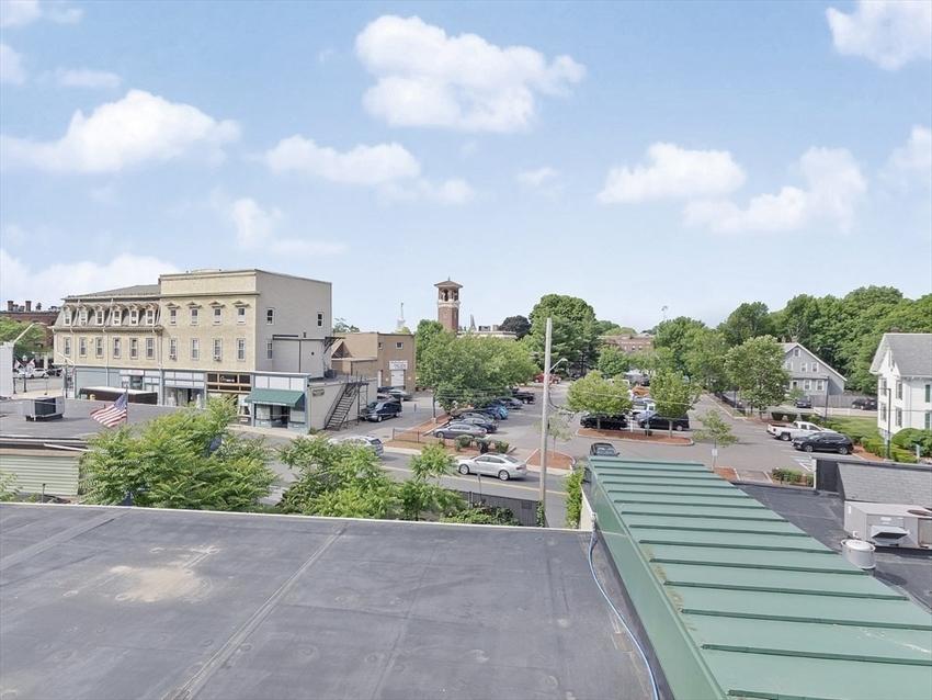426 Main St, Stoneham, MA Image 4