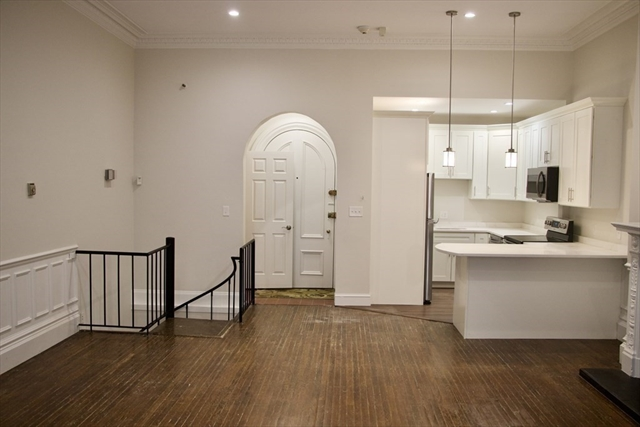 103 Beacon Street Boston MA 02116