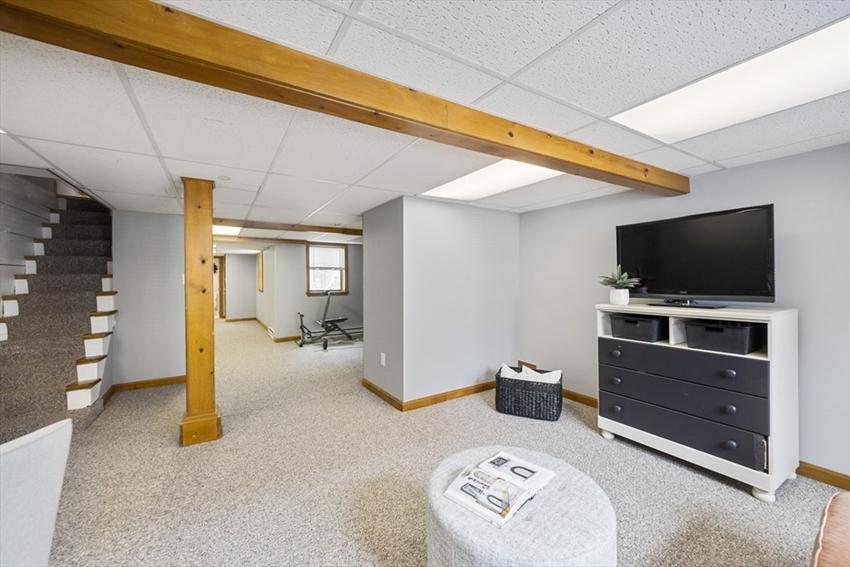 894 E 2nd St, Boston, MA Image 23