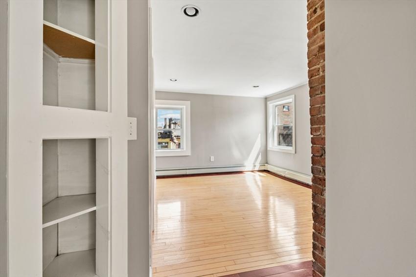 317 Silver St, Boston, MA Image 21