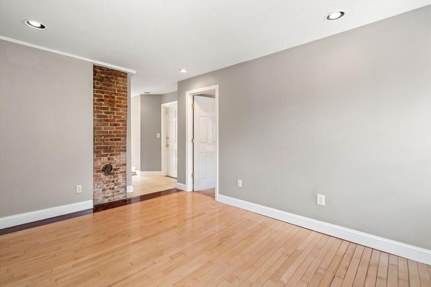 317 Silver St, Boston, MA Image 24