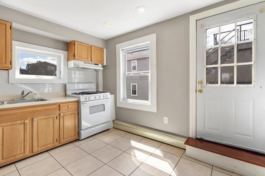 317 Silver St, Boston, MA Image 28