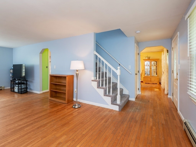 61 Howland Road Lakeville MA 02347
