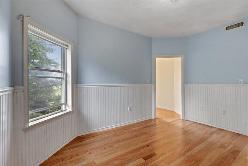38 Breck Ave, Boston, MA Image 11