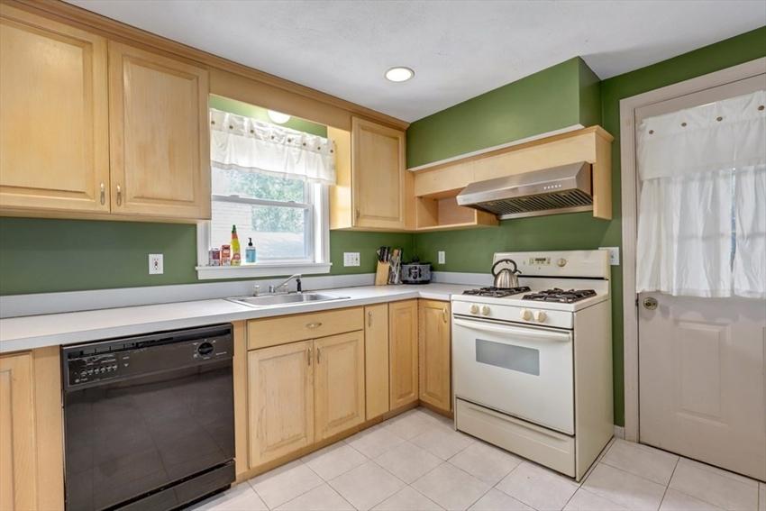 38 Breck Ave, Boston, MA Image 4