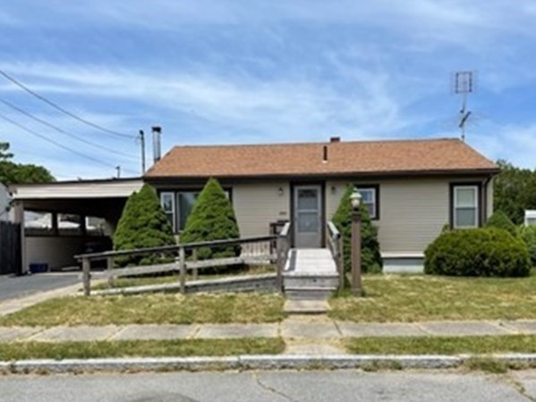 Location, Location, Location! Nice Ranch in the North End of New Bedford, near the Acushnet line. $269,900 OPEN HOUSE!!!!!!!!!    JUNE 19TH   11:00- 12:30