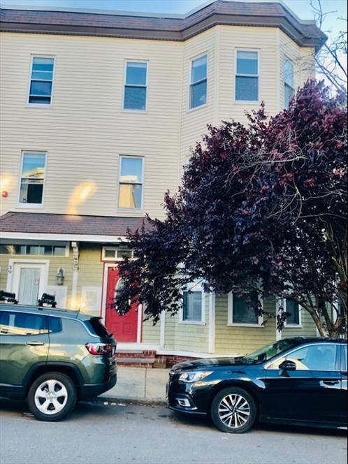 37 I St, Boston, MA Image 1