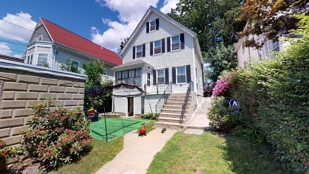 11 Round Hill, Boston, MA 02130
