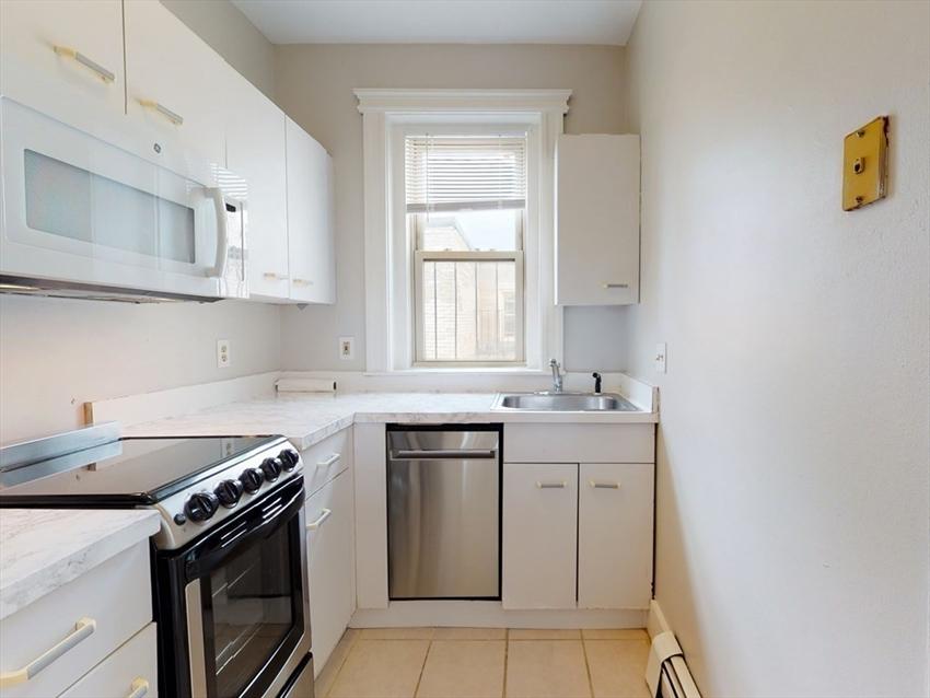 1673 Commonwealth Ave, Boston, MA Image 4
