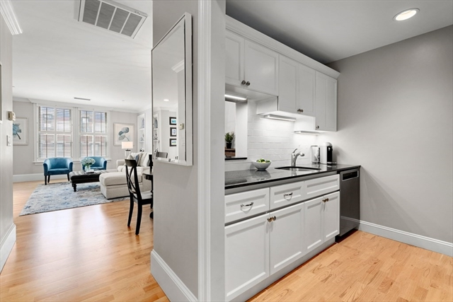 75 Clarendon Street Boston MA 02116