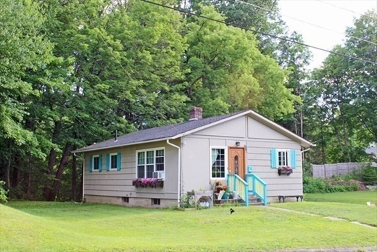 16 Pine Street, Greenfield, MA<br>$210,000.00<br>0.25 Acres, 2 Bedrooms