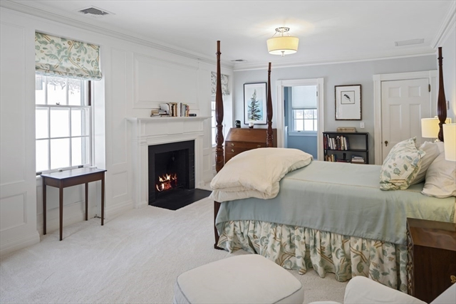 709 Monument Street Concord MA 01742
